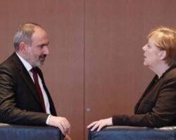 Пашинян обратился к Меркель с просьбой «обуздать» турецкую политику в отношении Арцаха