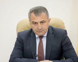 Глава РЮО дал поручение решить вопрос по зарплатам Госархиву и Лесхозу