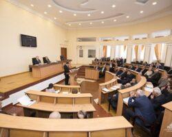 В парламент НКР был внесен документ о признании официальным русского языка