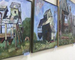 В Цхинвале проходит выставка Р.Бигулаева
