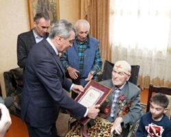 Старейший ветеран в РСО–Алания внесен в Книгу рекордов Гиннеса