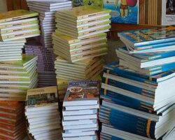 До конца месяца в школы Дербента поступит 40 тысяч учебников
